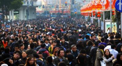 shanghai-pudong-urbanization-crowds